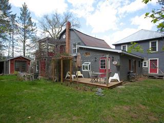 Immeuble à revenus à vendre à Ayer's Cliff, Estrie, 1252 - 1262, Rue  Main, 11737498 - Centris.ca