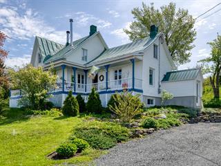 Cottage for sale in Baie-du-Febvre, Centre-du-Québec, 492, Route  Marie-Victorin, 12510997 - Centris.ca