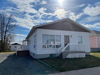 House for sale in Sept-Îles, Côte-Nord, 309, Avenue  Évangéline, 9236947 - Centris.ca