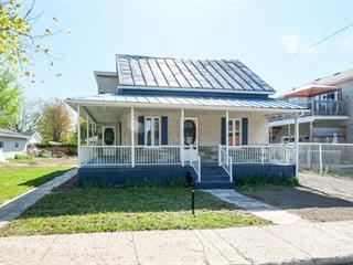Maison à vendre à Saint-Jean-sur-Richelieu, Montérégie, 828, Rue  Honoré-Mercier, 12904256 - Centris.ca
