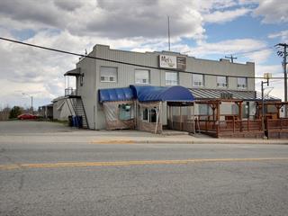 Bâtisse commerciale à vendre à Senneterre - Ville, Abitibi-Témiscamingue, 231 - 237, 3e Rue Ouest, 12223335 - Centris.ca