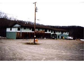 Quadruplex à vendre à Val-des-Monts, Outaouais, 1665 - 1681, Route  Principale, 27845787 - Centris.ca