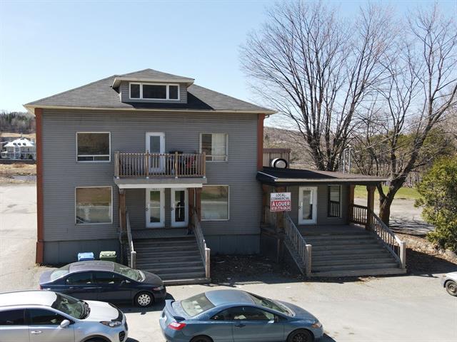 Triplex for sale in Beauceville, Chaudière-Appalaches, 565A - 565C, boulevard  Renault, 28858011 - Centris.ca