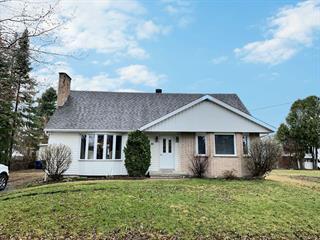 Maison à vendre à Notre-Dame-du-Nord, Abitibi-Témiscamingue, 39, Rue  Principale Nord, 14314887 - Centris.ca