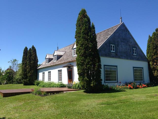 House for sale in Saint-Jean-de-l'Île-d'Orléans, Capitale-Nationale, 19, Chemin  Martineau, 12011844 - Centris.ca