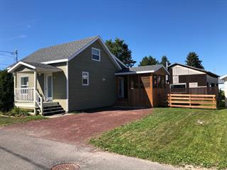 Maison à vendre à Price, Bas-Saint-Laurent, 72, Rue  Saint-Charles, 13278302 - Centris.ca