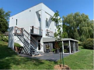 Maison à vendre à Notre-Dame-de-l'Île-Perrot, Montérégie, 2112, boulevard  Perrot, 21508508 - Centris.ca