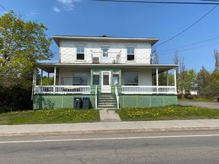 Duplex à vendre à Saint-Pascal, Bas-Saint-Laurent, 341, Rue  Taché, 23681394 - Centris.ca