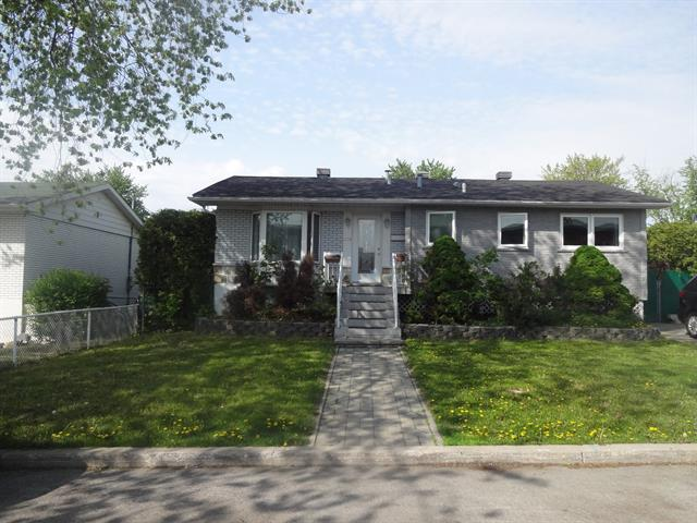 House for rent in Laval (Vimont), Laval, 1718, Rue  Le Royer, 11477122 - Centris.ca