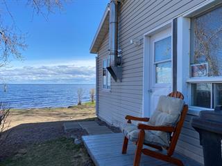 Chalet à vendre à Chambord, Saguenay/Lac-Saint-Jean, 517, Route  169, 18907313 - Centris.ca