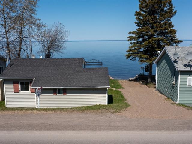 Cottage for sale in Chambord, Saguenay/Lac-Saint-Jean, 513, Route  169, 24095828 - Centris.ca