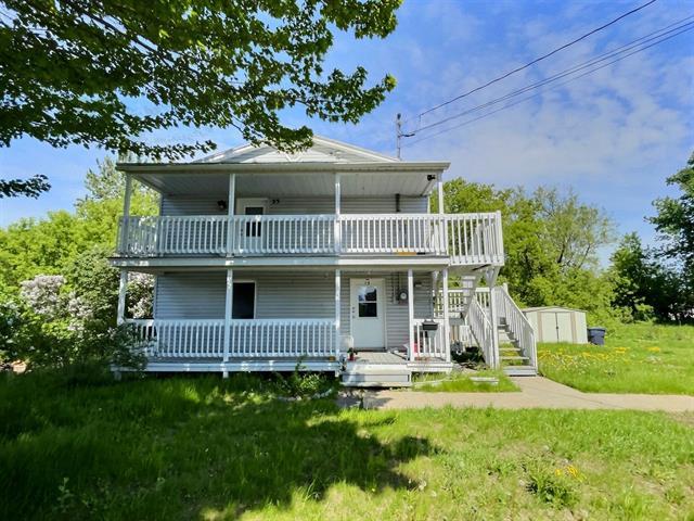Duplex for sale in Saint-Pie, Montérégie, 19 - 23, Avenue  Jacques-Cartier, 19244859 - Centris.ca
