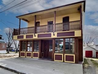 Triplex à vendre à Donnacona, Capitale-Nationale, 319 - 321, Rue  Notre-Dame, 14641364 - Centris.ca