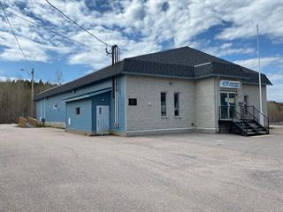 Bâtisse commerciale à vendre à Baie-Comeau, Côte-Nord, 55, Avenue  De Maisonneuve, 24766213 - Centris.ca