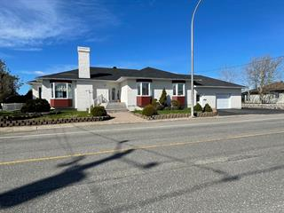 House for sale in Sept-Îles, Côte-Nord, 711, Avenue  Arnaud, 19323757 - Centris.ca