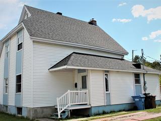 Maison à vendre à Salaberry-de-Valleyfield, Montérégie, 9, Rue  Whitaker, 28935016 - Centris.ca