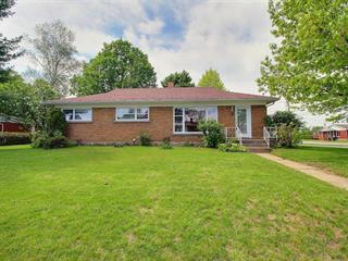 House for sale in Warwick, Centre-du-Québec, 18, boulevard  Breton, 19489232 - Centris.ca