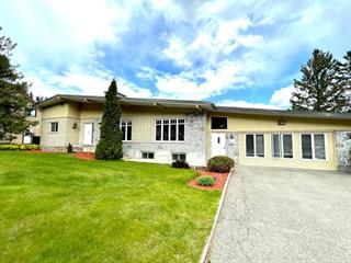Maison à vendre à Piedmont, Laurentides, 703 - 703A, Rue  Principale, 28159612 - Centris.ca
