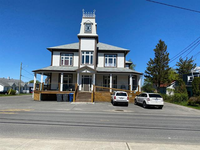 Maison à vendre à Sainte-Luce, Bas-Saint-Laurent, 48Z, Rue  Saint-Pierre Est, 26941240 - Centris.ca