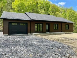 Cottage for sale in Sutton, Montérégie, 839, Chemin  Driver, 19246185 - Centris.ca