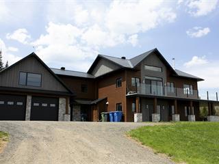 House for sale in Petite-Rivière-Saint-François, Capitale-Nationale, 1050 - 1052, Route  138, 16219531 - Centris.ca