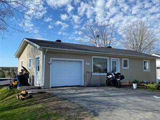 House for sale in Lac-Etchemin, Chaudière-Appalaches, 317, Avenue  Bégin, 19335764 - Centris.ca