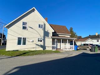 Duplex à vendre à Mont-Joli, Bas-Saint-Laurent, 1405 - 1407, Rue  Thibault, 20635354 - Centris.ca