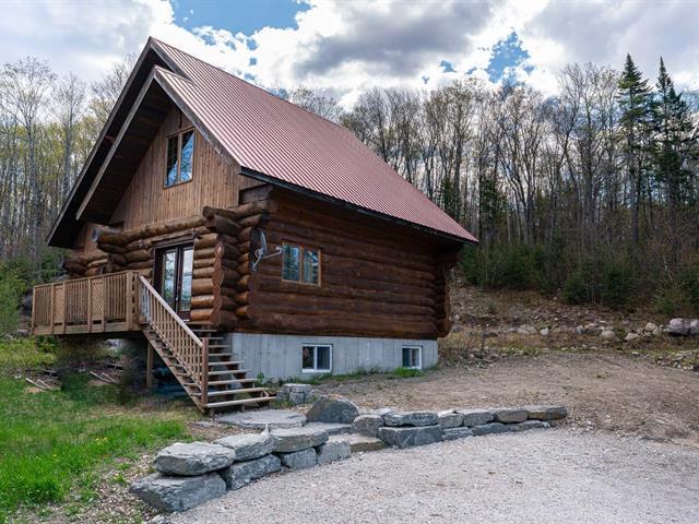 Chalet à vendre à Entrelacs, Lanaudière, 878, Route  La Fontaine, 28730105 - Centris.ca
