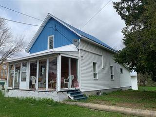 House for sale in Rivière-Bleue, Bas-Saint-Laurent, 23, Rue de l'Église Sud, 28035362 - Centris.ca