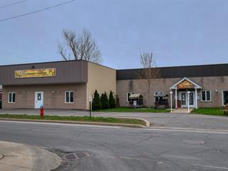 Bâtisse commerciale à vendre à Saint-Rémi, Montérégie, 26, Rue de l'Église, 14048801 - Centris.ca