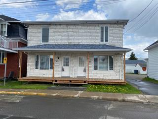 Duplex à vendre à Saint-Tite, Mauricie, 431 - 433, Rue  Saint-Pierre, 28366149 - Centris.ca