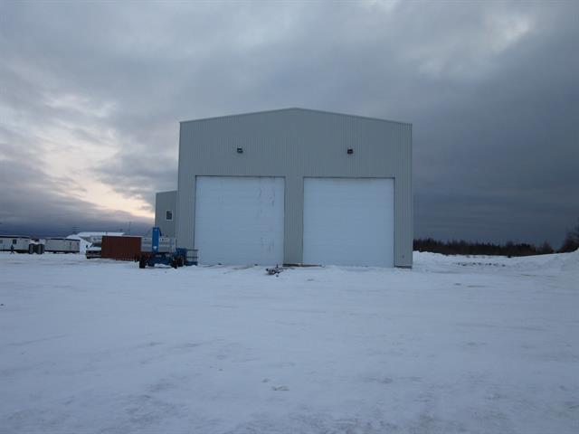 Bâtisse industrielle à vendre à Havre-Saint-Pierre, Côte-Nord, 1020, Rue du Titane, 11689989 - Centris.ca