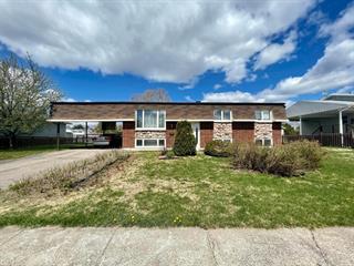 Maison à vendre à Dolbeau-Mistassini, Saguenay/Lac-Saint-Jean, 123, Avenue des Lauriers, 23093843 - Centris.ca