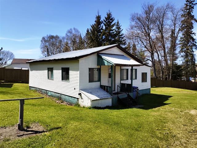 Maison à vendre à Low, Outaouais, 41, Chemin  River, 16489876 - Centris.ca