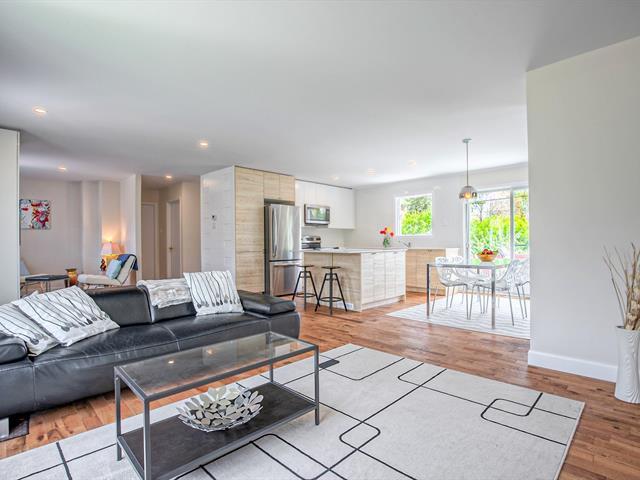 House for sale in Boucherville, Montérégie, 880, Rue  Pierre-Joffrion, 28572674 - Centris.ca
