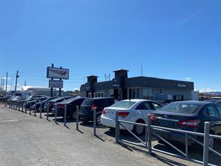 Bâtisse commerciale à vendre à Mont-Joli, Bas-Saint-Laurent, 2000, boulevard  Benoît-Gaboury, 15816054 - Centris.ca