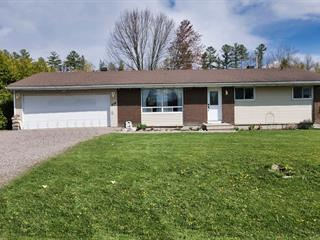 House for sale in Campbell's Bay, Outaouais, 234, Rue  Front, 14022514 - Centris.ca