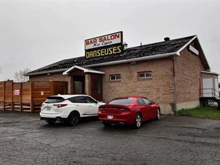 Bâtisse commerciale à vendre à Dégelis, Bas-Saint-Laurent, 547, Avenue  Deschamps, 22254378 - Centris.ca