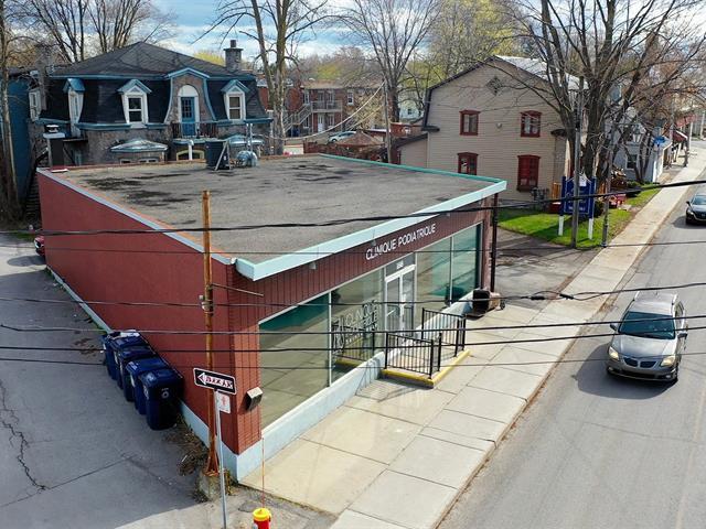 Commercial building for sale in Laval (Sainte-Rose), Laval, 188 - 190A, boulevard  Sainte-Rose, 15483807 - Centris.ca
