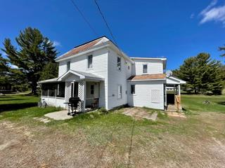 House for sale in Otter Lake, Outaouais, 223, Avenue  Martineau, 16585128 - Centris.ca