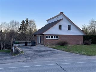 Maison à vendre à Saint-Léonard-de-Portneuf, Capitale-Nationale, 915, Rue  Principale, 19442170 - Centris.ca