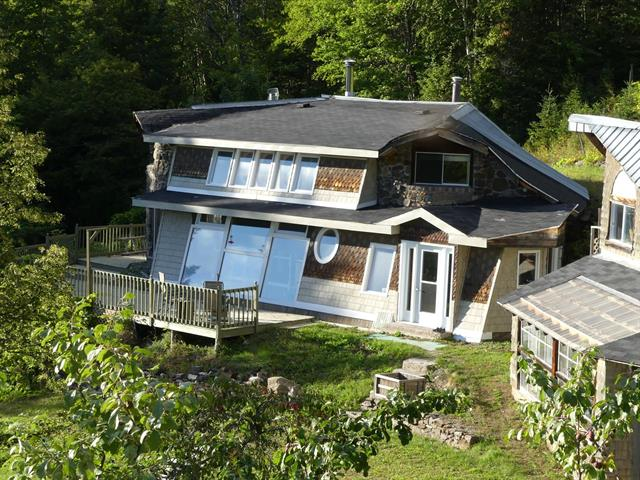House for sale in Pointe-à-la-Croix, Gaspésie/Îles-de-la-Madeleine, 15, Rue du Verger, 18550205 - Centris.ca