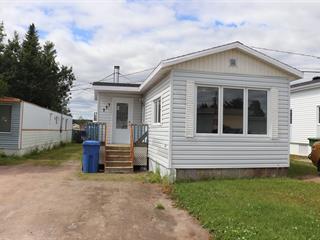Mobile home for sale in Baie-Comeau, Côte-Nord, 777, Rue du Parc-Parent, 10742945 - Centris.ca