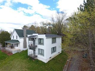Duplex for sale in Richmond, Estrie, 178 - 180, Rue  Stanley, 27843812 - Centris.ca