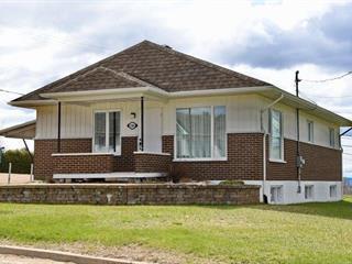 Maison à vendre à Les Éboulements, Capitale-Nationale, 2186, Route du Fleuve, 27616686 - Centris.ca