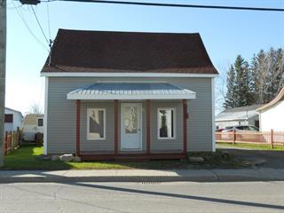 Maison à vendre à Price, Bas-Saint-Laurent, 81, Rue  Saint-Rémi, 16343353 - Centris.ca