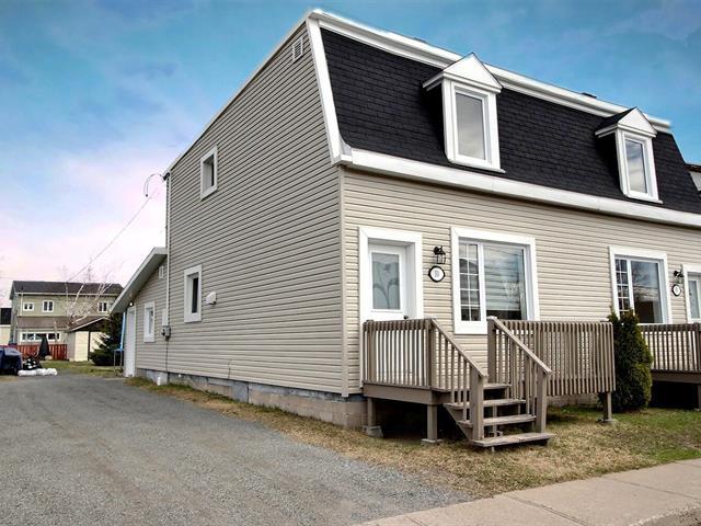 House for sale in Sept-Îles, Côte-Nord, 50 - 60, Rue de l'Église, 10958245 - Centris.ca