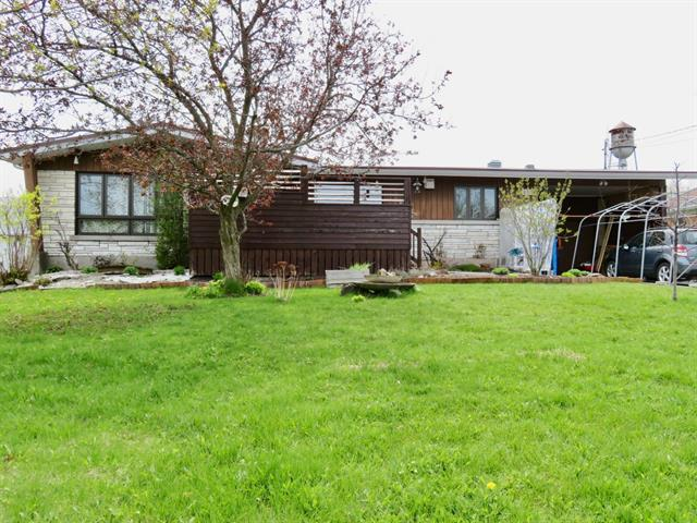 Maison à vendre à Saint-Justin, Mauricie, 631, Rue  Duchesnay, 26427998 - Centris.ca
