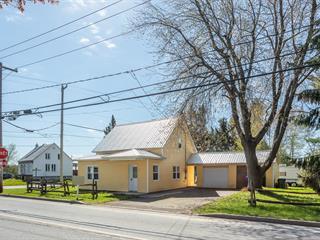 Maison à vendre à Sainte-Angèle-de-Monnoir, Montérégie, 2, Rue  Principale, 11965365 - Centris.ca