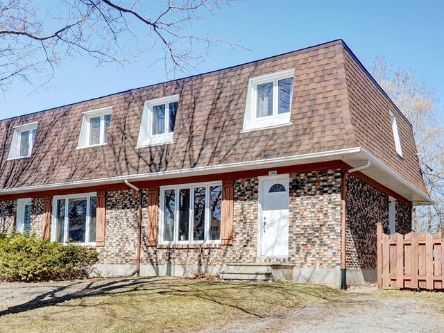 Maison à vendre à Québec (Les Rivières), Capitale-Nationale, 2400, Rue  Bacqueville, 23934616 - Centris.ca